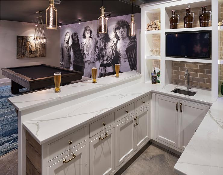 Basement Wet Bar With Built In Shelves