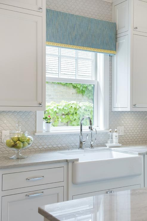 Well-liked White and Gray Kitchen with White Beveled Tile Backsplash  OZ41