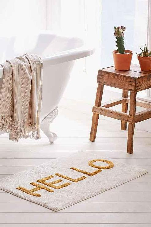 White And Gold Hello Tufted Bath Mat - Bathroom outfitters