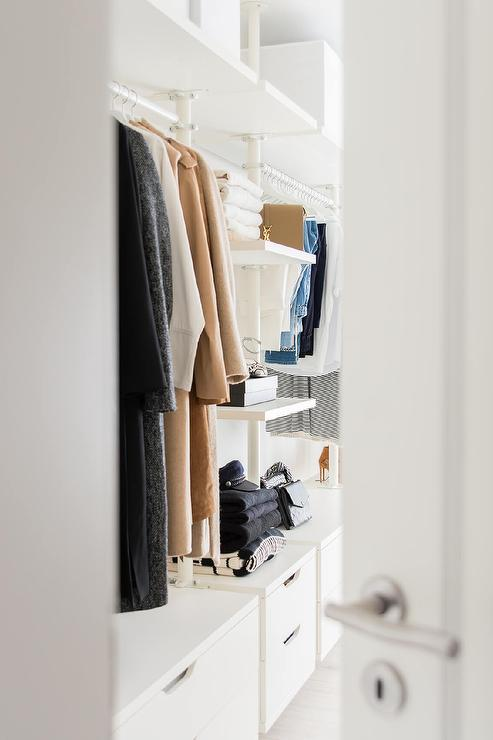 Modular Closet System With Drawers
