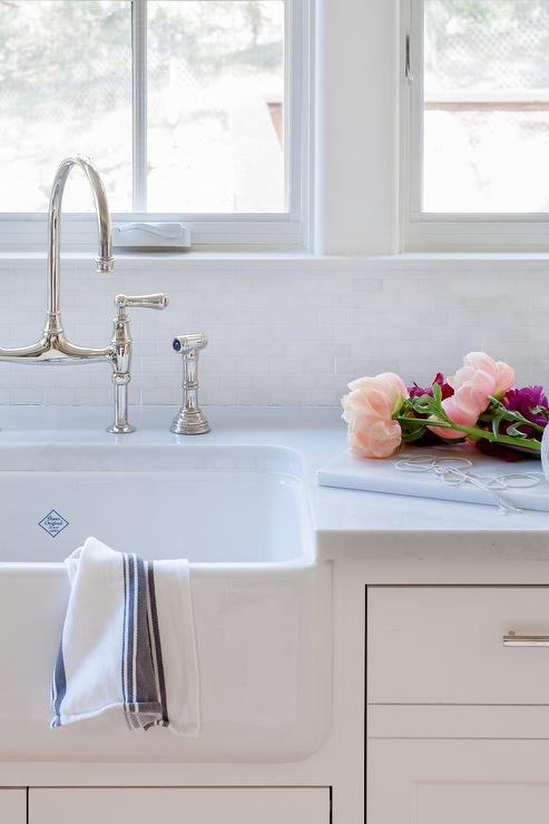 Lovely Shaw Original Farm Sink With Deck Mount Faucet