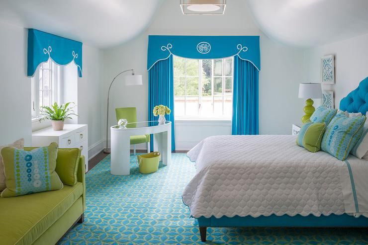 Turquoise girls bedroom with orange toile daybed for Catty corner bedroom ideas