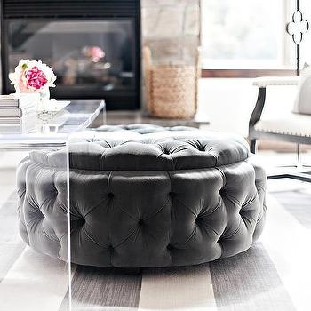 Clear Acrylic Coffee Table Design Ideas