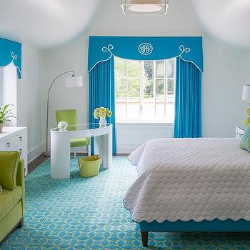 Blue and lavender girl bedroom with wicker daybed for Catty corner bedroom ideas