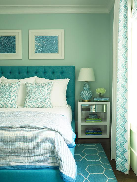 Turquoise blue bedroom with blue brush strokes lamp for Black white turquoise bedroom ideas