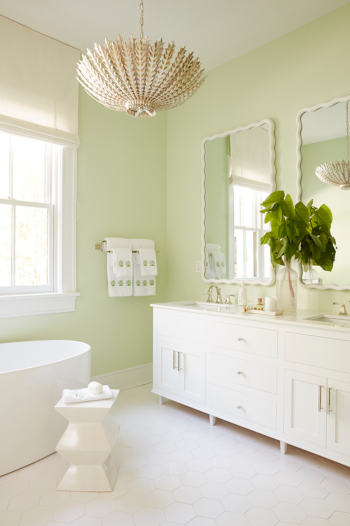 White scalloped walls conce design ideas page 1 for Bathroom decor light green
