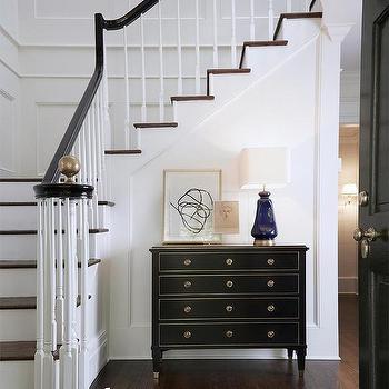 Staircase Wall Molding Design Ideas