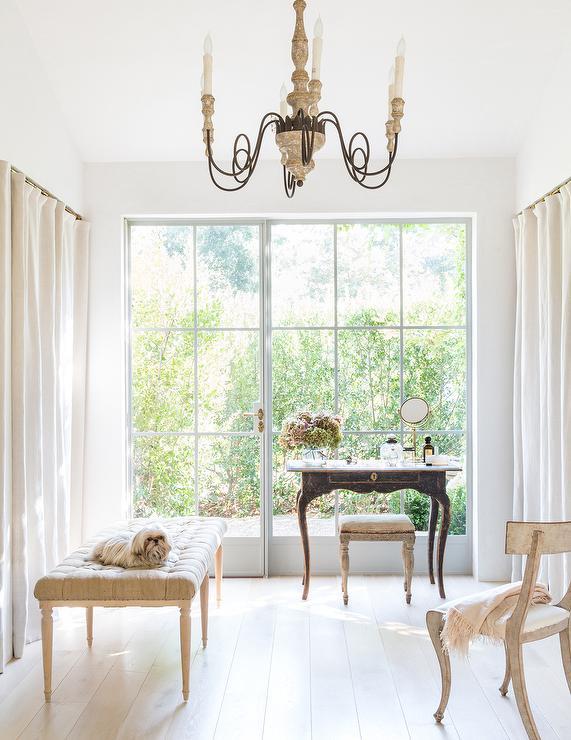closet design decor photos pictures ideas inspiration. Black Bedroom Furniture Sets. Home Design Ideas