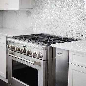 Silver Mosaic Metallic Kitchen Backsplash Tiles Design Ideas