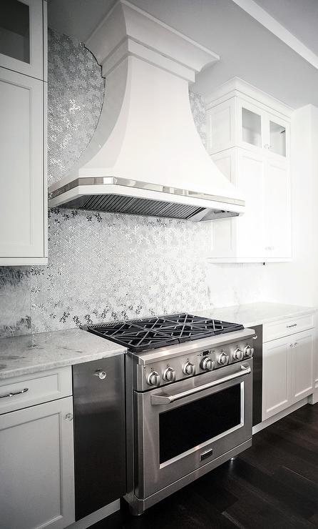 White French Kitchen Hood With Stainless Steel Trim
