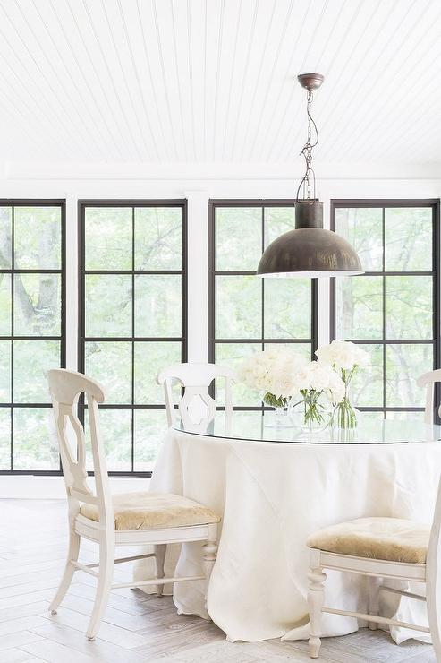 White Romantic Dining Room Design