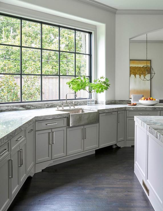 Magnificent Light Gray Kitchen Cabinets With Hammered Stainless Steel Interior Design Ideas Inesswwsoteloinfo