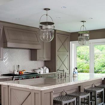 Taupe kitchen walls design ideas for Artcraft kitchen cabinets