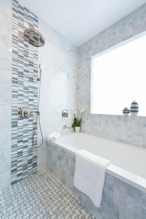 Gray Glass Tiles Design Ideas - Glass accent tiles for bathroom