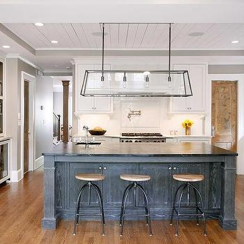 Superbe Gray Oak Kitchen Island With Soapstone Countertops