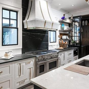 Marble Kitchen Island Countertop Fitted With Cutting Board