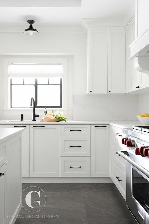 White Cabinets With Oil Rubbed Bronze Hardware Design Ideas