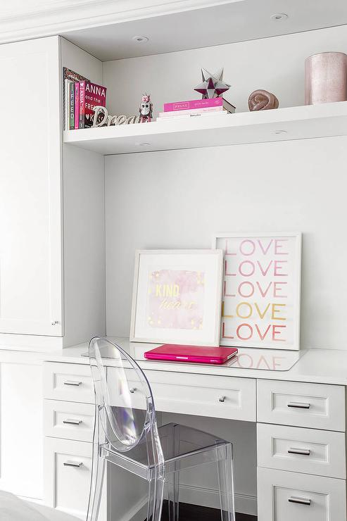 Teen girl desk with pink deck decor contemporary girl 39 s room - Desk girl image in ...