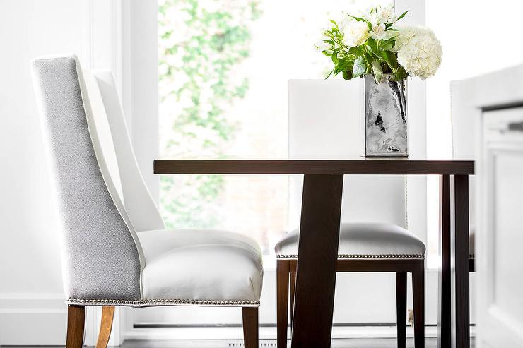 Superbe White And Gray Wingback Dining Chair