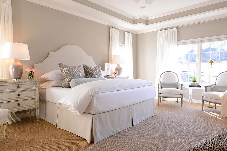Interior design inspiration photos by ashley goforth design for Bedroom designs cream