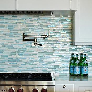 Blue mosaic kitchen backsplash design ideas for Beach kitchen backsplash ideas