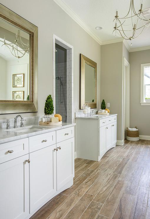 White Washstand With Gold Leaf Ornate Mirror Transitional Bathroom