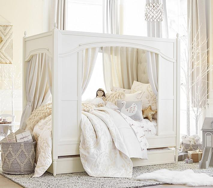Blythe White Carriage Girls Bed