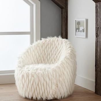 Bon Faux Fur Lounge White Chair