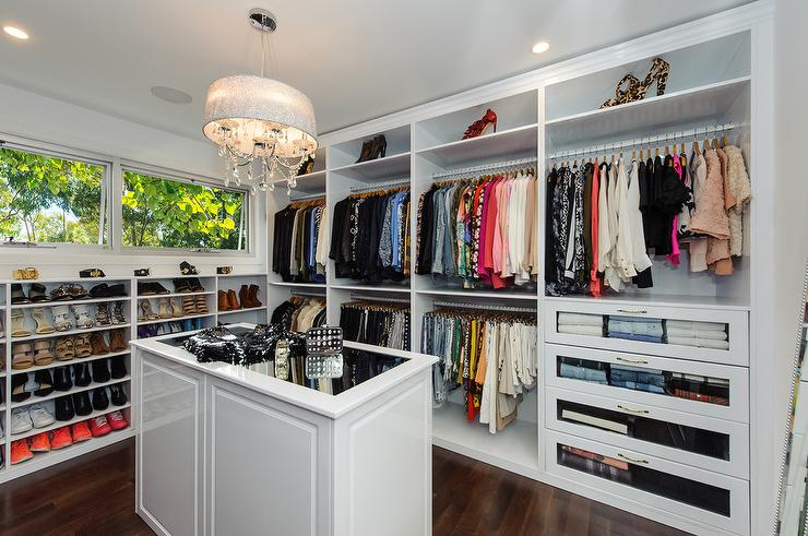 Mirror Top Closet Island With Crystal Chandelier