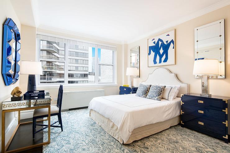 navy blue and gold bedroom with dorothy draper style nightstands hollywood regency bedroom. Black Bedroom Furniture Sets. Home Design Ideas