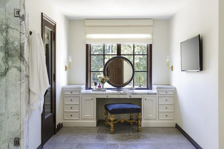 Tremendous Built In Makeup Vanity With Rotay Blue Velvet Stool Camellatalisay Diy Chair Ideas Camellatalisaycom