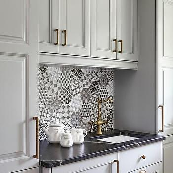 Brushed Brass Kitchen Cabinet Hardware Design Ideas - Gray kitchen cabinet hardware