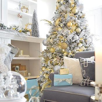 christmas living room - White And Gold Christmas Decorations