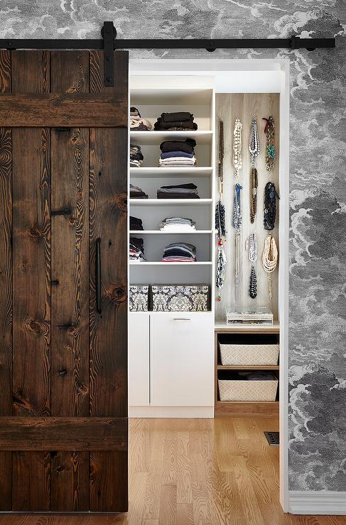 Rustic Walk In Closet Design Ideas