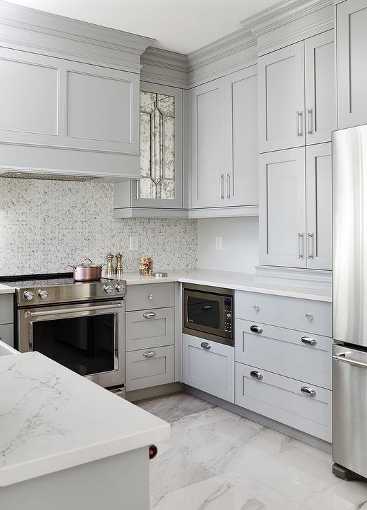 Attirant Gray Kitchen With Polished Marble Floor Tiles