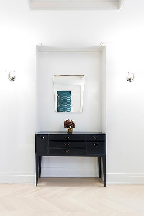 Great Foyer Alcove With Black Console Table