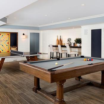 Charmant Game Room With Pool Table And Ping Pong Table