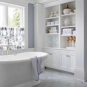 Bathtub Nook with Modular Shelving