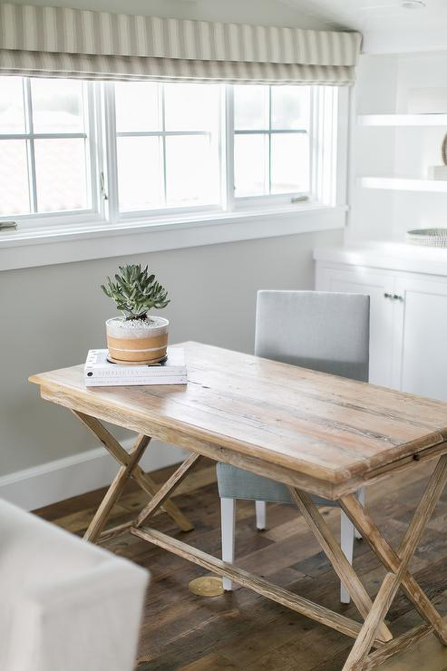 X Based Wood Desk With Gray Chair
