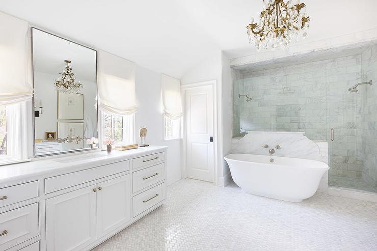 Alyssa Rosenheck Curved Marble Wall Behind Bathtub