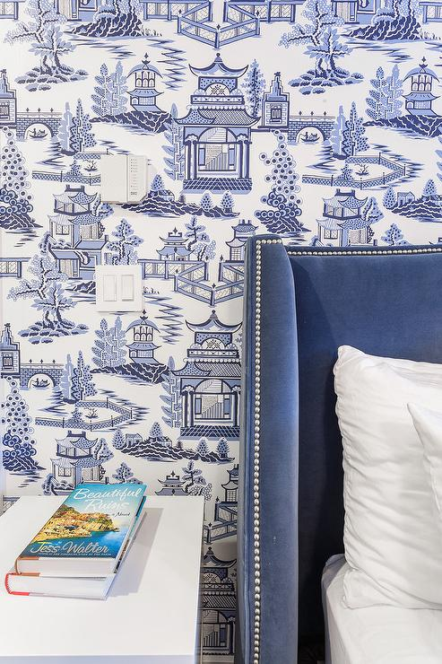 Superbe Blue Velvet Wingback Headboard With Blue Toile Wallpaper