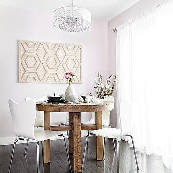 https://cdn.decorpad.com/photos/2017/01/17/m_pink-dining-room-painted-wall.jpg