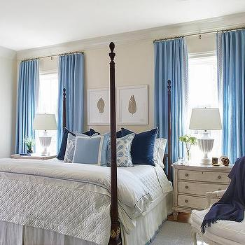 White And Blue Bedroom With 4 Poster Bed