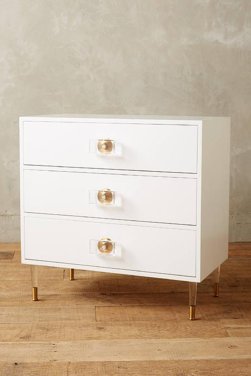 Lacquered Regency White Drawer Dresser