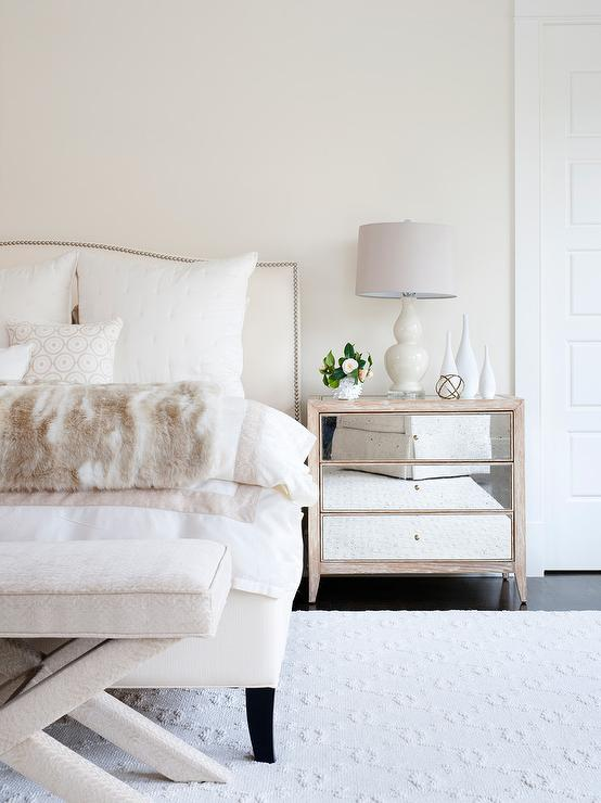 Ivory Bedroom Accent Pillows Design Ideas
