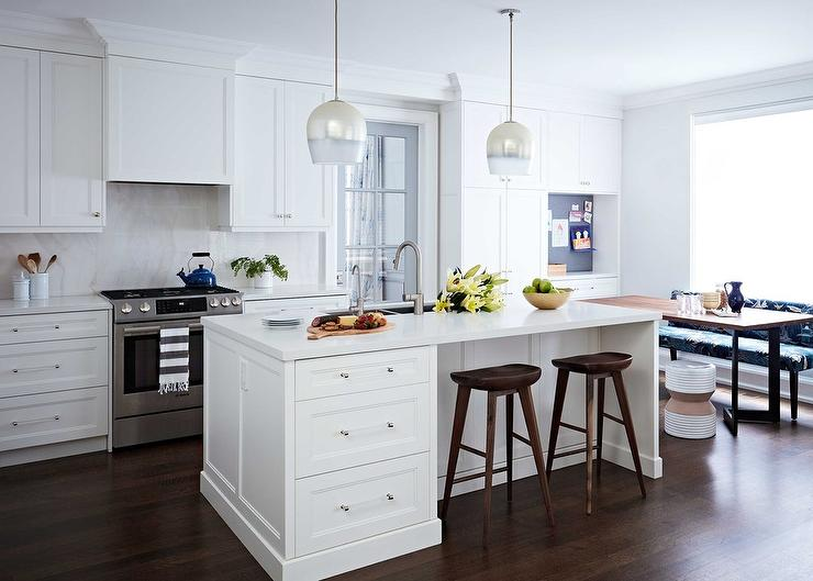 White And Silver Island Pendant Lights Design Ideas - Pendant lighting for white kitchen