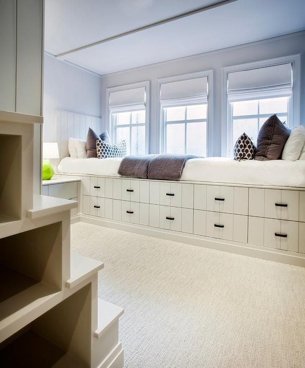 Built In Platform Bed With Stacked Storage Drawers