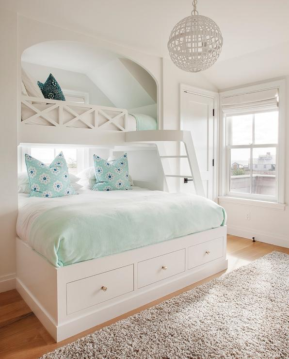 Built in bed under loft bed cottage girl 39 s room for Mint green and white room