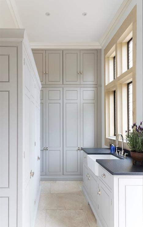 Attrayant Floor To Ceiling Gray Laundry Room Cabinets