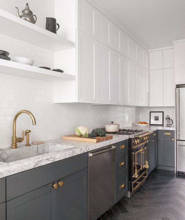 Grey And White Kitchens: White And Gray Kitchen With Brass Harwdare